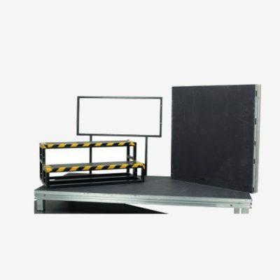 Trap voor een podium 100 cm hoog